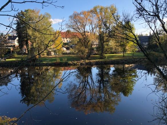 Herbst am großen Fluß mit dem komischen Namen