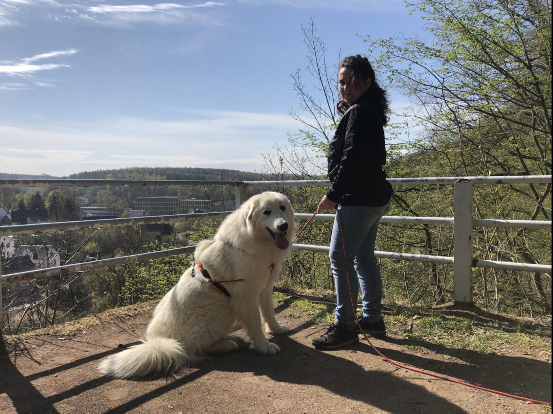 Mit meiner großen Menschin im Stadtpark